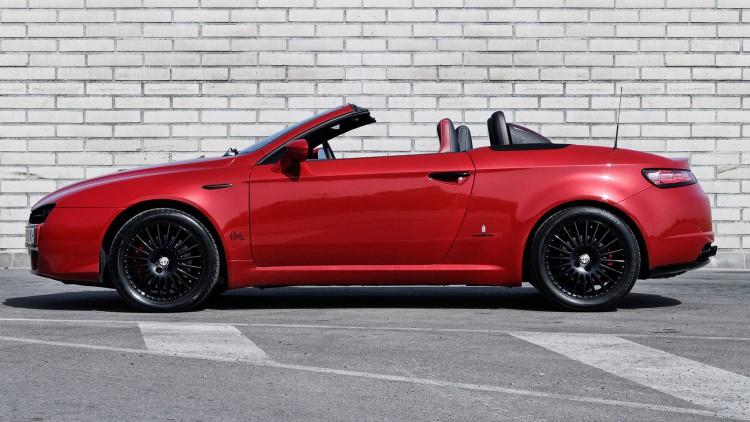Тунингованата от българите Alfa Romeo Spider