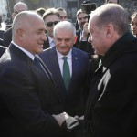 Борисов между Европа и Турция