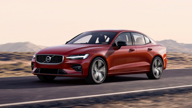 Volvo представи новия S60
