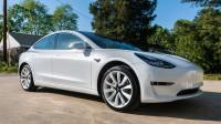 Tesla все още продава Model 3 под себестойността му